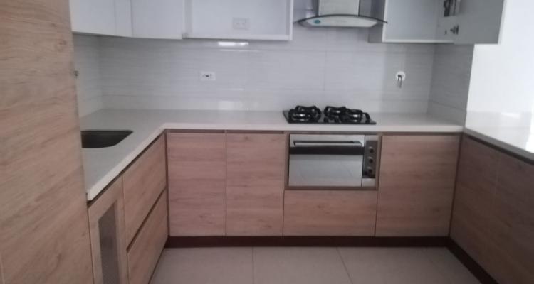 Apartamento para venta barrio Laureles Primer Parque cocina