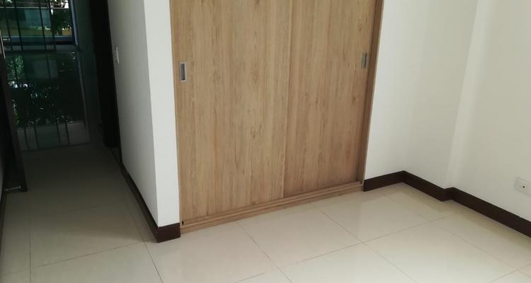 Apartamento para venta barrio Laureles Primer Parque alcoba closet