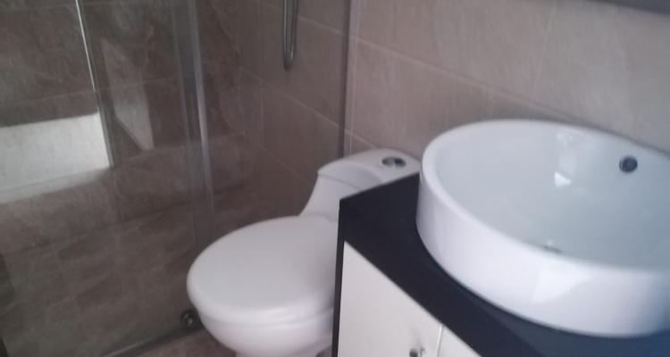 Apartamento para venta barrio Laureles Primer Parque baño